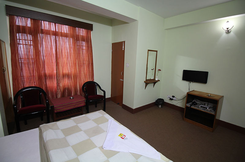 Hotel Green Park-Standard Double with Balcony1